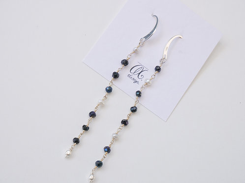 Orecchini catena di pietre perle