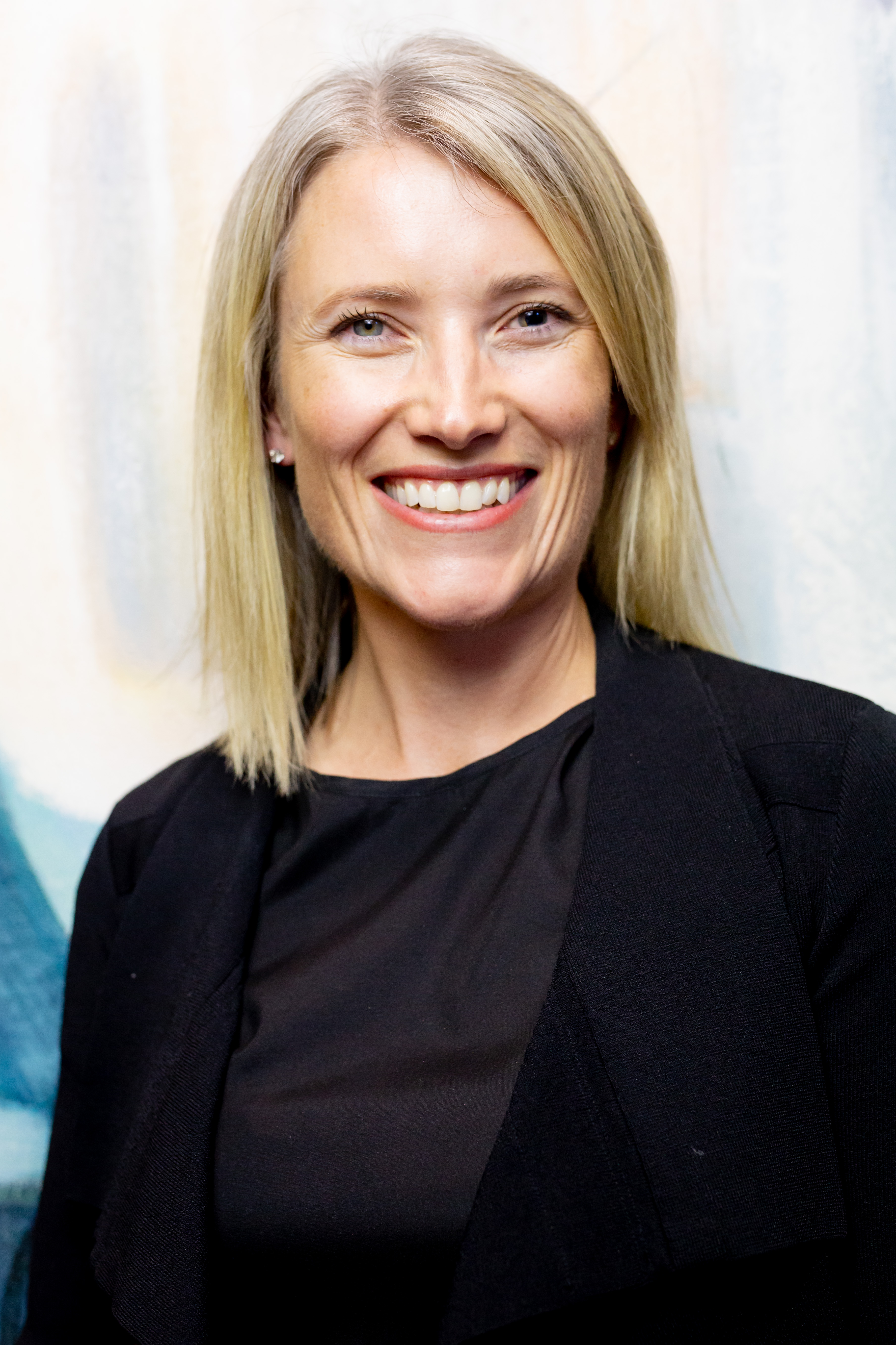 Dr Clare Canty