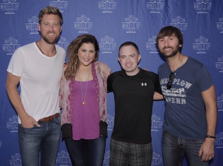 Last night I had the honor of meeting my favorite band, Lady Antebellum