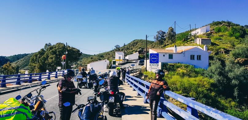 Portugal RoadRoom - Motorradtour Motorradreise Motorradtransport 2018-150713-min.jpg