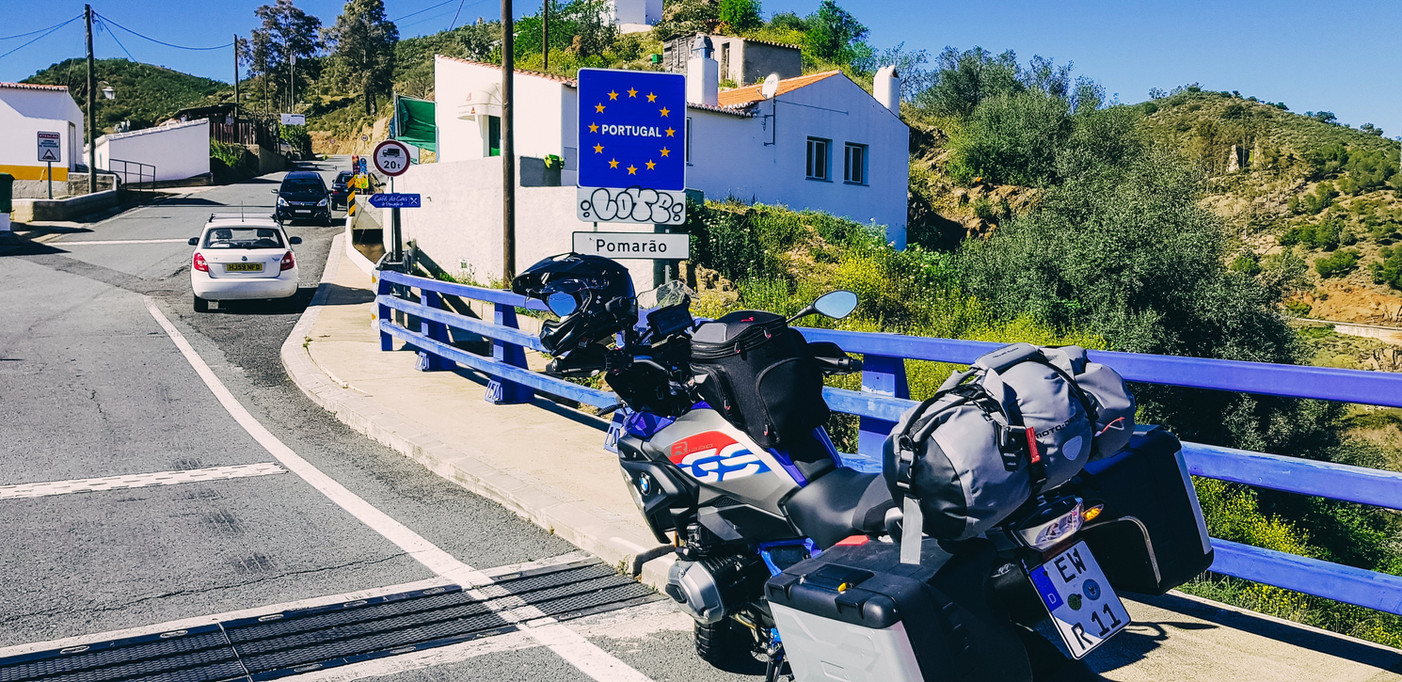 Portugal RoadRoom - Motorradtour Motorradreise Motorradtransport 2018-150545-min.jpg
