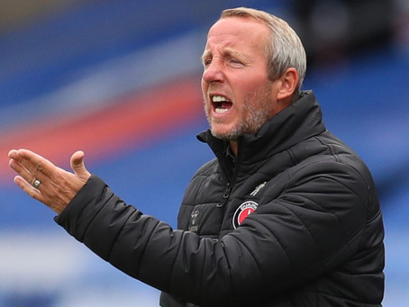 LEEXIT: SHOULD BOWYER LEAVE OR REMAIN?