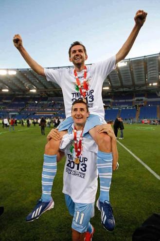 Coppa Italia helt, sit første barn, VM. Sikke et år, Lulic!