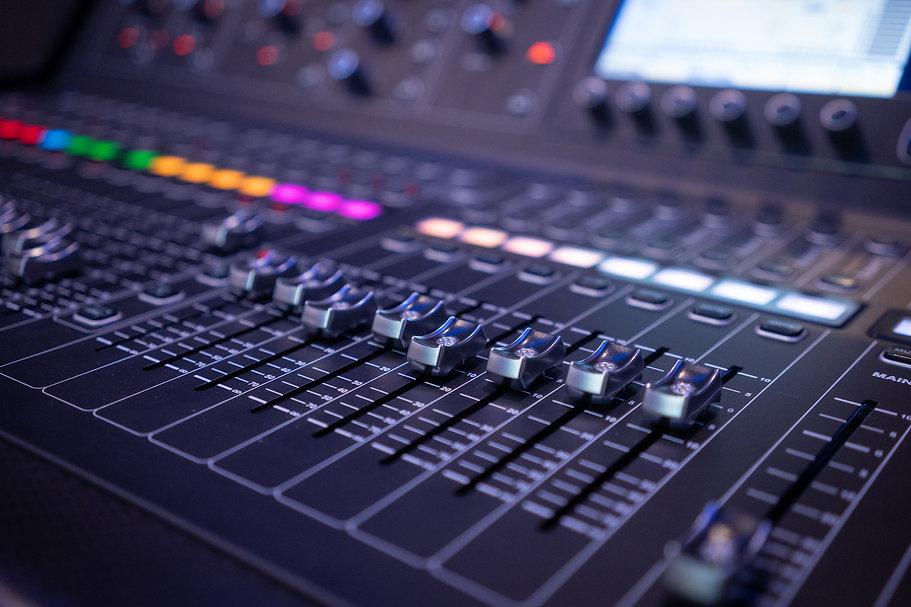 técnico en producción musical