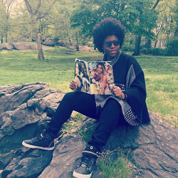 Central Park is the perfect place to catch up on the May issue of _essence magazine! Especially when