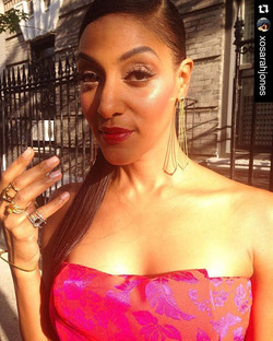 #hairbystaceyciceron__#Repost _xosarahjones (via _repostapp)_・・・_Glammed up and en route to the #CFD