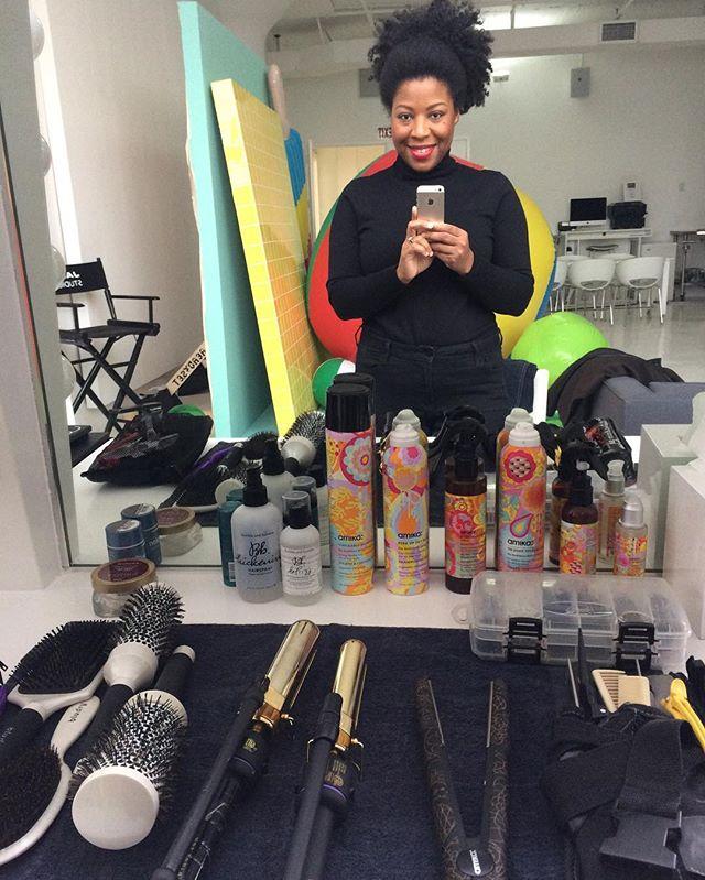 Ready to rock and roll! #behindthescenes _desigual shoot #setlife #hair #makeup #fashion #models #te