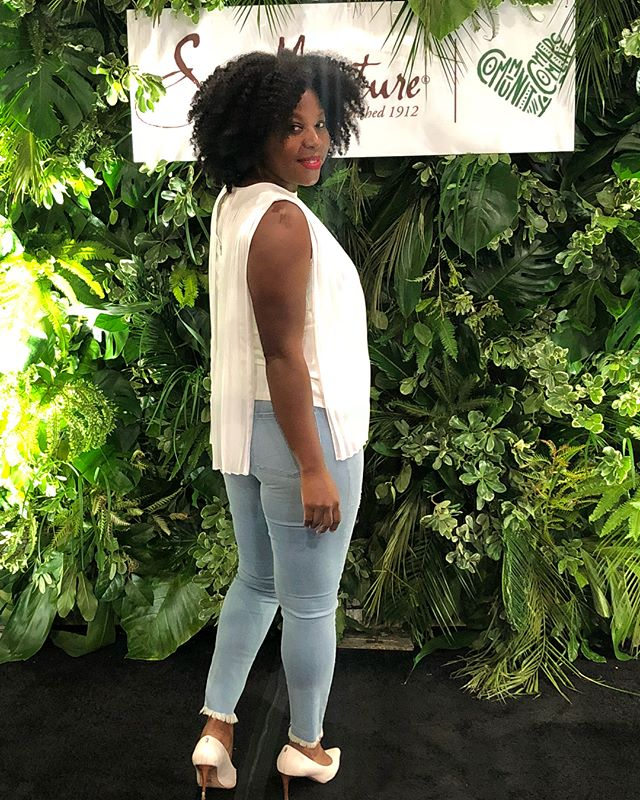 I'm here at _betexperience LA!__#lovehea