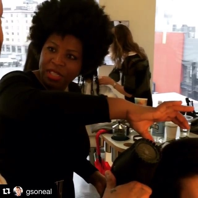 #Repost _gsoneal with _repostapp._・・・__staceyciceron and the #bumbleandbumble Curl Crew, workin' it