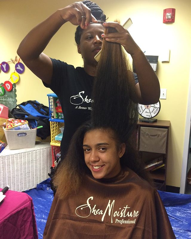 One of the many things I love about _sheamoisture4u reaching out to our local community today at _Ho