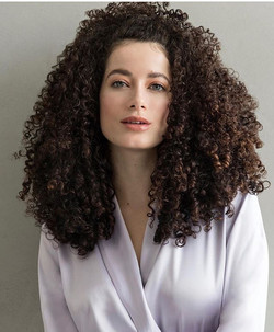 Repost _oribe ・・・_Curls for days