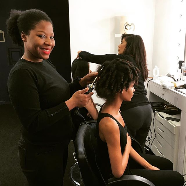 8_ _hottoolspro curling iron to create a #permrodset look on the #models #naturalhair