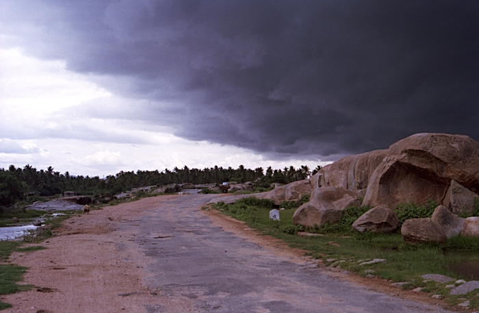 Monzoons at Hampi