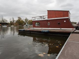 House on river Vltava