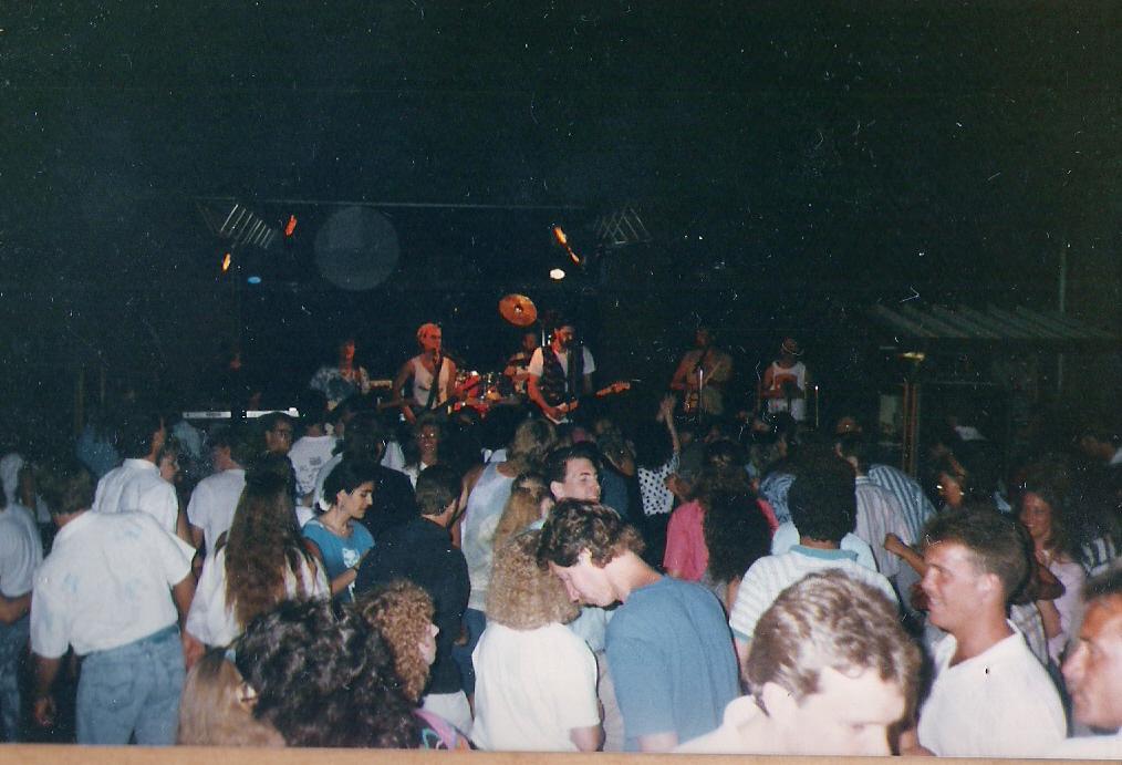 LivingRoom1989.jpg