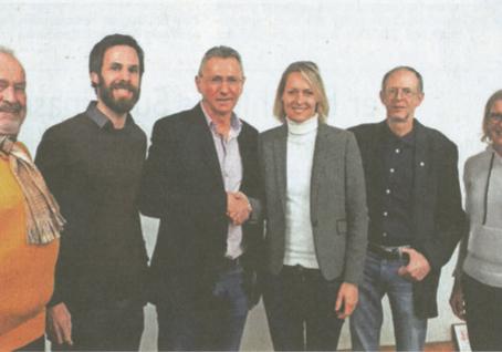 """Zeitungsbericht:                           """"Susanne König möchte in Abenberg Bürgermeisterin sein"""""""