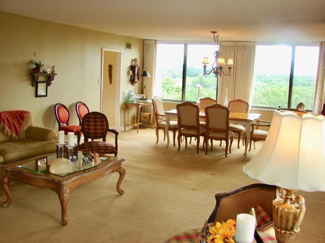 Dining & Livingroom