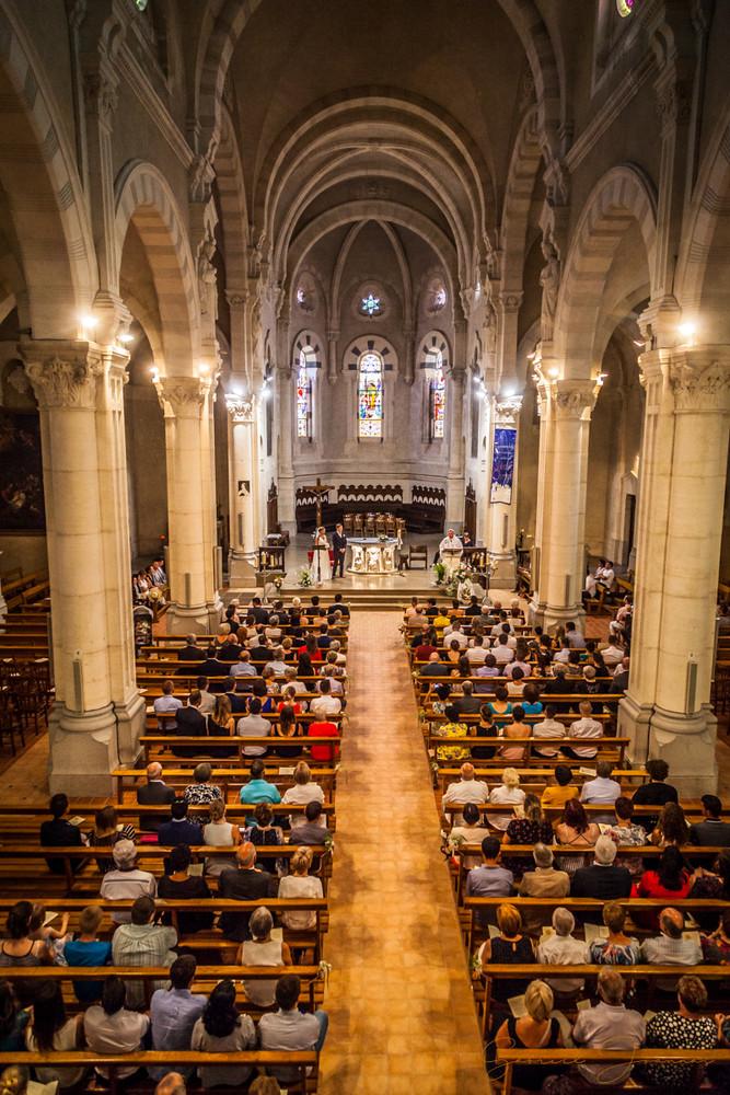 La nef centrale de l'église