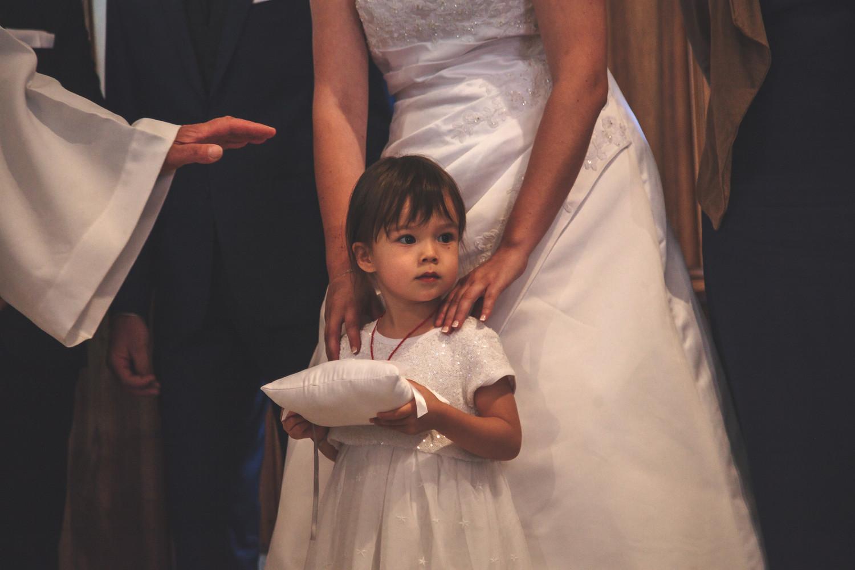Enfant d'honneur mariage religieux