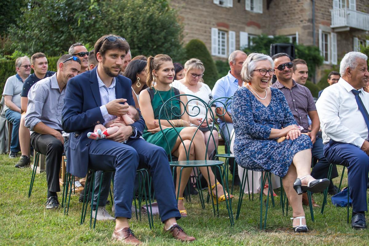 Portrait famille cérémonie laïque