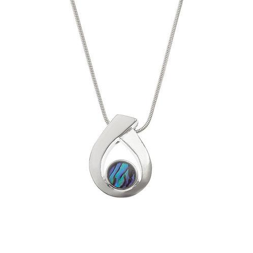 Looped pendant & chain