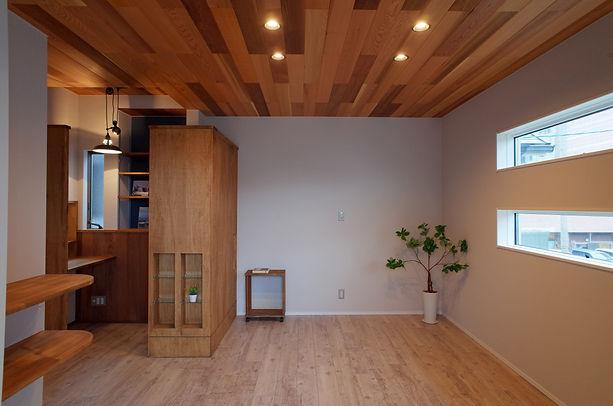 寝室1(西岡邸).jpg