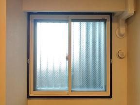 インプラス窓.jpg