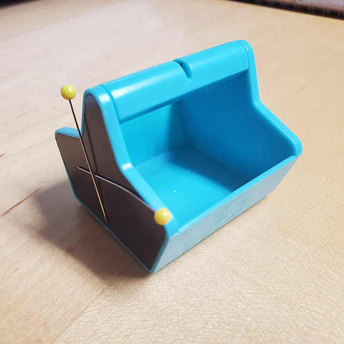 Magnetic Thread Cutter Caddy