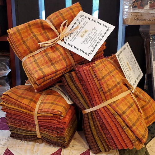 Pumpkin Patch Plaid Homespun Fat Quarter Bundle