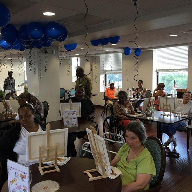 Yesterday's friends and family paint night went awesome! 👍🏻👏🏻⭐️❤️ #arthealinghearts