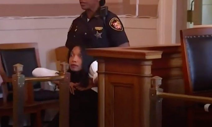 BLACK FEMALE JUDGE DRAGGED FROM COURTROOM AFTER JAIL SENTENCE