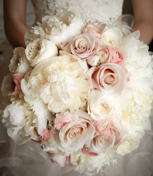 mother of pearl rose bouquet