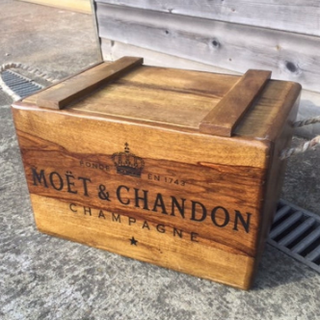 wine crates rentals