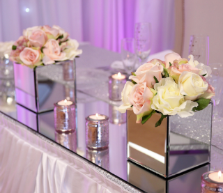 Mirrored Cube Vases & Runners