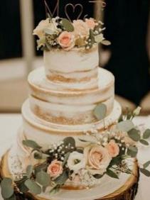 Wood Slice Cake Stand Rental