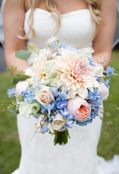 cafe-au-lait-dahlias-bouquet-with-blue
