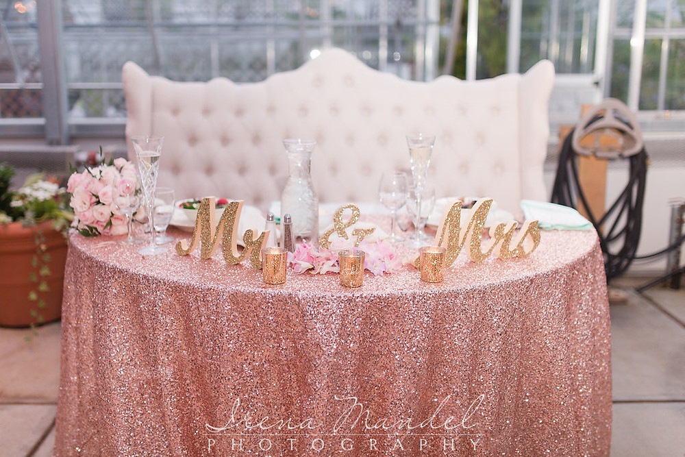 Mr & Mrs Sweetheart Table Design