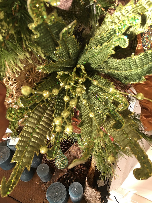 Glitter Curly Fern Poinsetta green