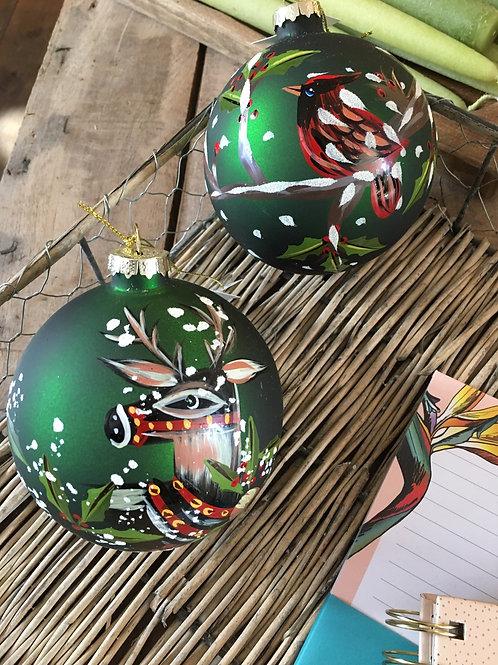 Kerstbal glas geschilderd hert/vogel