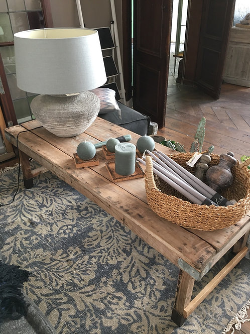 Old market coffee table