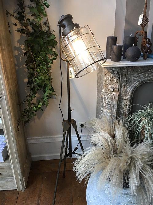 Lamp 3 poot