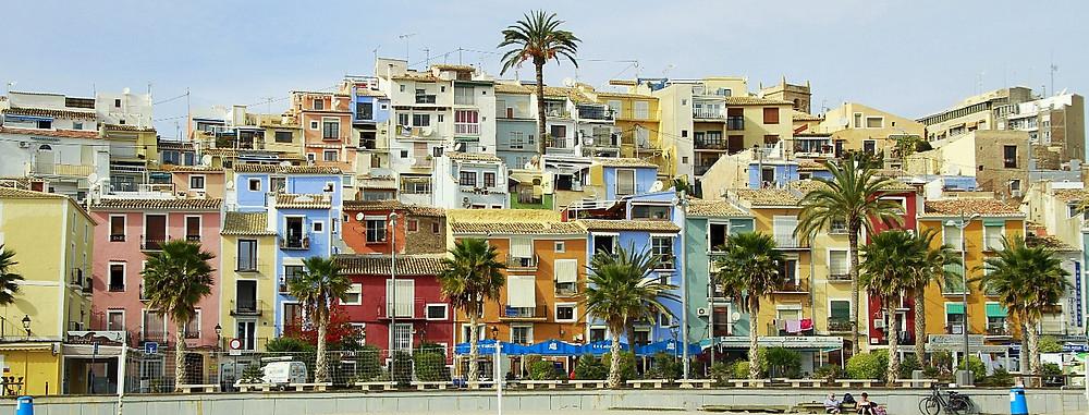 Casas pintadas on the beach, Villajoyosa