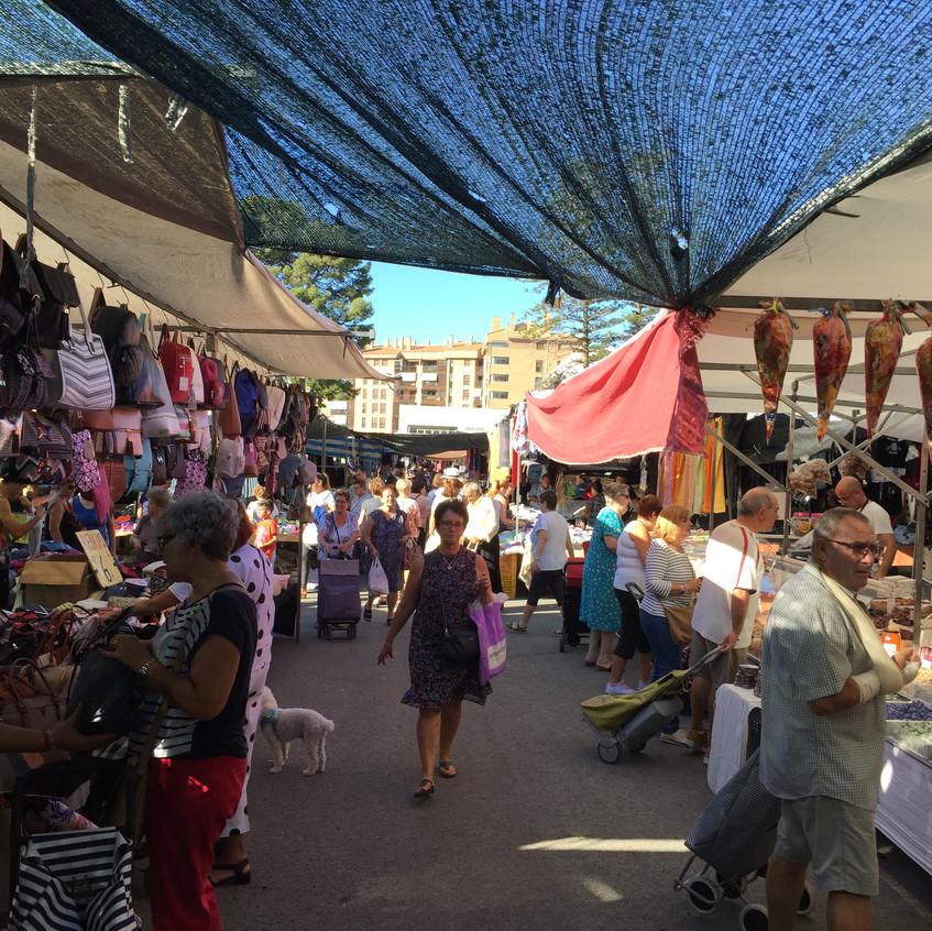 The Thursday mercadillo in La Vila