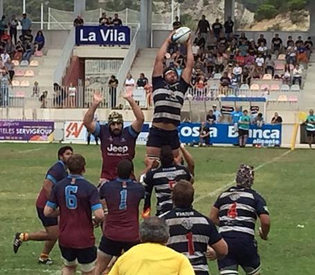 Sunshine rugby in La Vila
