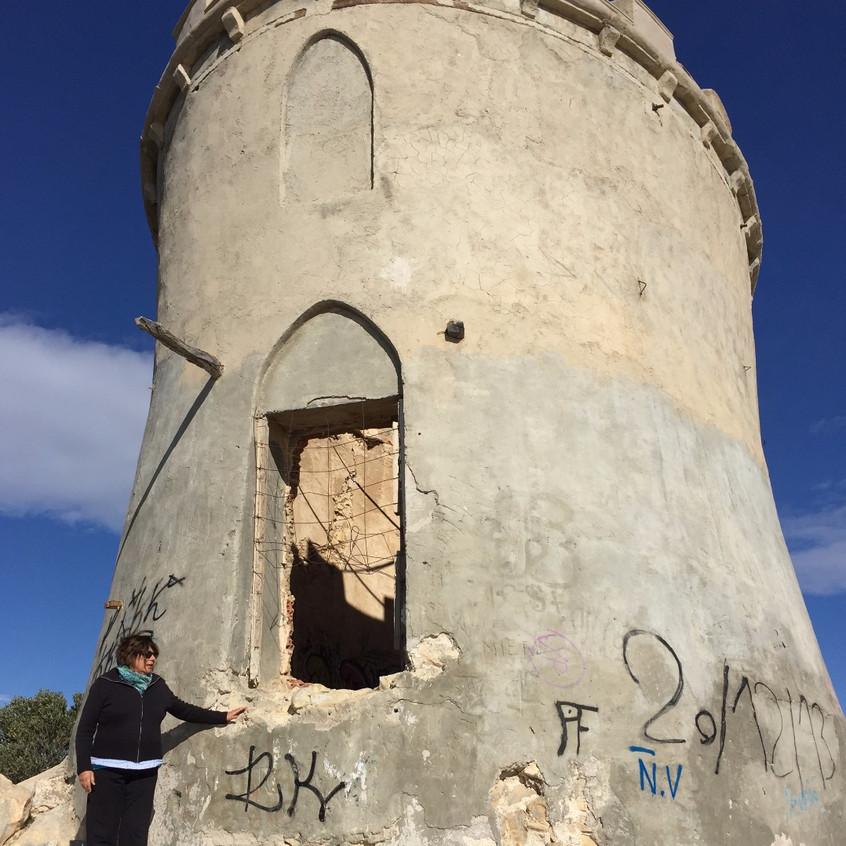 Ruined tower, Malladeta