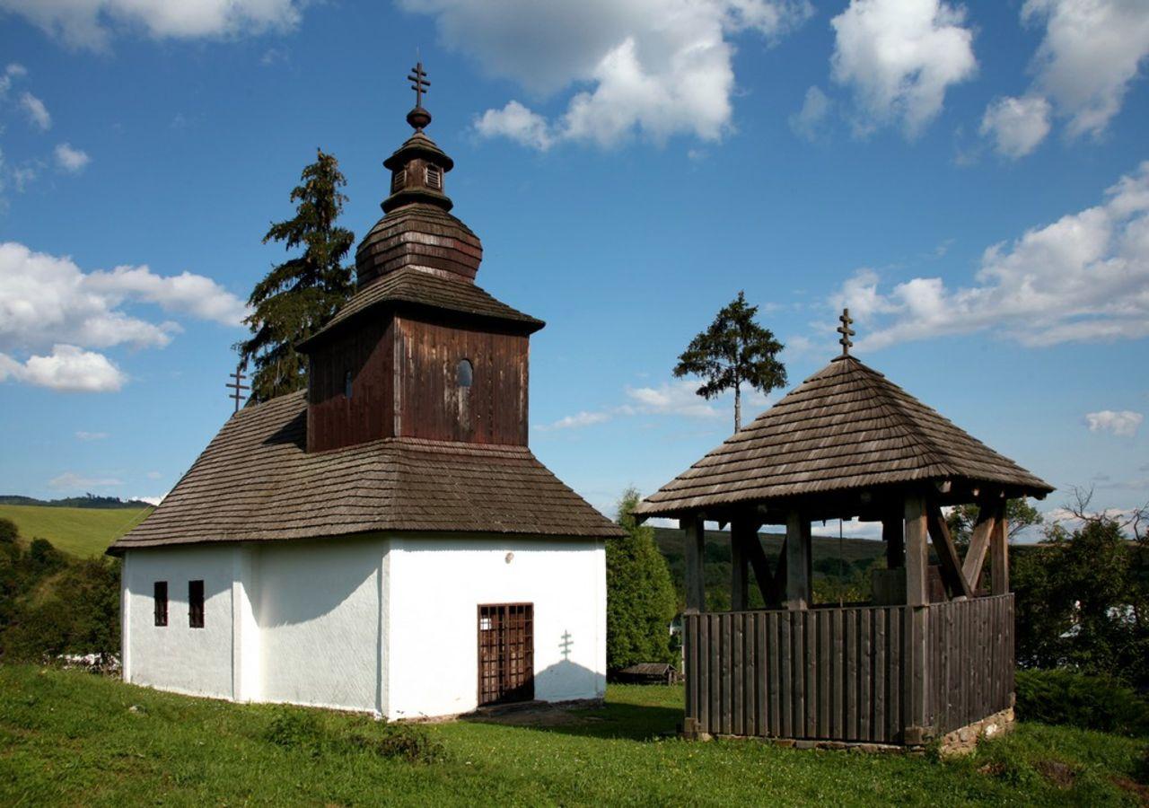 Drevený kostol Kalná Roztoka