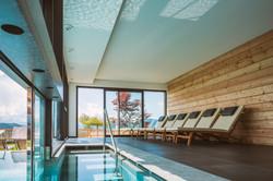 Schwimmbad Hotel Regina.jpg