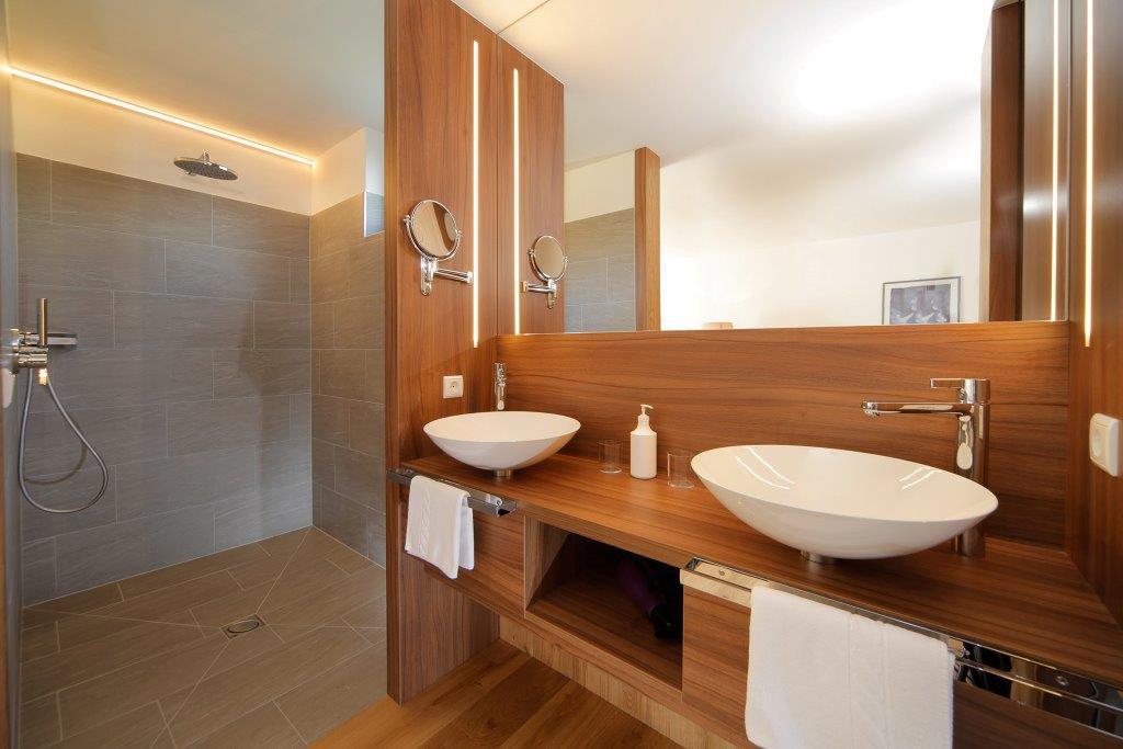 hotel krone zimmer-06.jpg