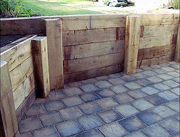 cheap retaining walls brisbane, retaining wall brisbane, sleeper retaining wall, cheap retaining wall, pine sleeper wall, sleepers, retaining, garden bed, cheap
