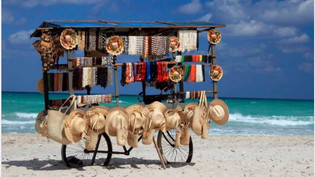 Retrouve-t-on des vendeurs de souvenirs sur la plage de Varadero? Non et oui !